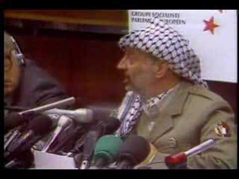 Yasser Arafat le blagueur (doublage des bleu poudre)