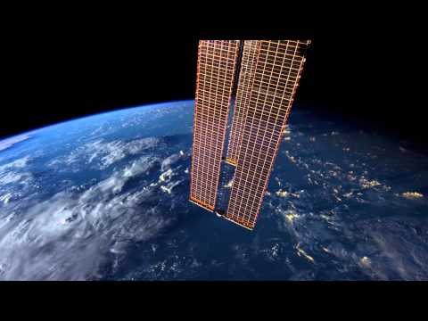 The World Outside My Window - Time Lapse of Earth from the ISS (4K)