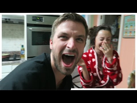 Husband Shocks Wife With Pregnancy Announcement Phim