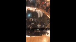شاهد: رقصوا وقفزوا فخرقوا أرضية الشقة التي كانوا فيها !   |   قنوات أخرى