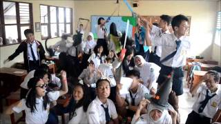 Harlem Shake @9Confused SMP N 8'13 Bandung view on youtube.com tube online.