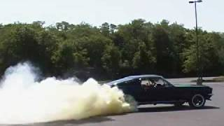 Sick 1967 Mustang Burnout