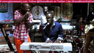Akwaboah & Kwabena Kwabena - Perform together @ Akwaboah video premiere