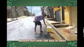 Morador de Contagem usa �gua da chuva para lavar carro