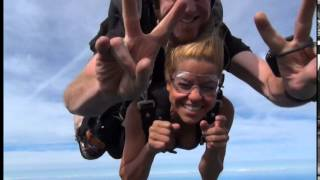 Skydiving movie clips