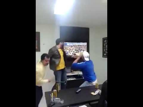 World Cup fan smashes LCD tv during penalty kick, Brazil vs Chile
