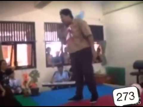 Hari guru di SMPN 273 Jakarta Pusat