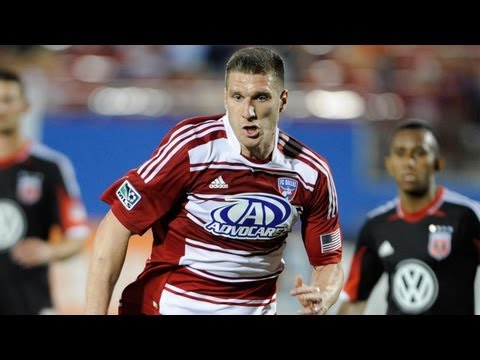 GOAL: Kenny Cooper heads the ball in | Seattle Sounders vs FC Dallas