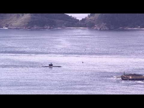 Submarine moving through Guanabara Bay