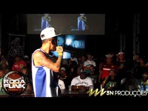 MC Léo da Baixada :: Medley ao vivo na Roda de Funk  ::