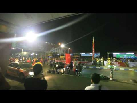 must see!!! Indonesian drag race (Mitsubishi EVO 6 VS MazdaRX-7)