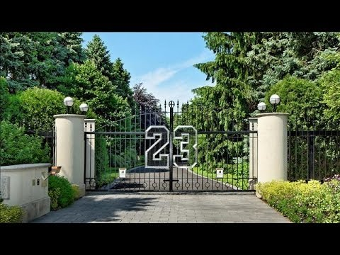 Michael Jordan's Compound Goes to Auction