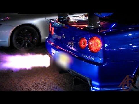 Nissan Skyline GTR R34 - Anti-Lag, LAUNCHES!