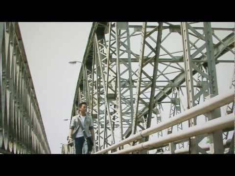 [Festival Hue 2012][Phim ngắn/Short film] Đi về phía em - Walking towards you