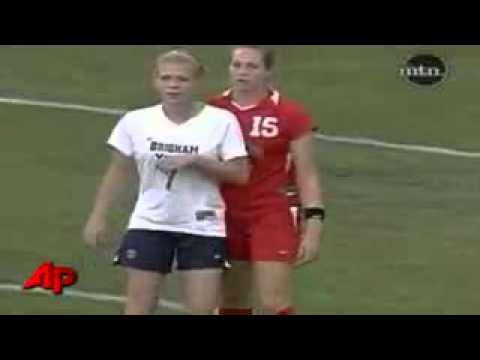 Video Lucu Sepak Bola Wanita