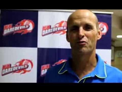 Gary Kirsten addresses fans before IPL 7 auction