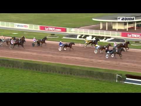 Vidéo de la course PMU PRIX DE SAINT-PIERRE-LA-COUR