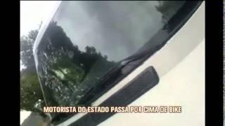 Motorista atropela  bicicleta usando carro do Governo de Minas na Lagoa da Pampulha