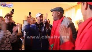من قلب مقهى شعبي بمراكش..ساكنة مراكش محتافلة بتأهل المنتخب المغربي بالدقة المراكشية |