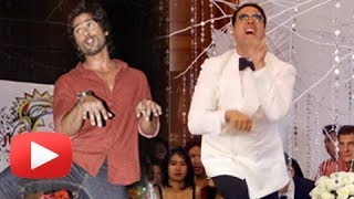 Akshay Kumar Copies Shahid Kapoor - Does The Doggy Style Dance - It's Entertainment