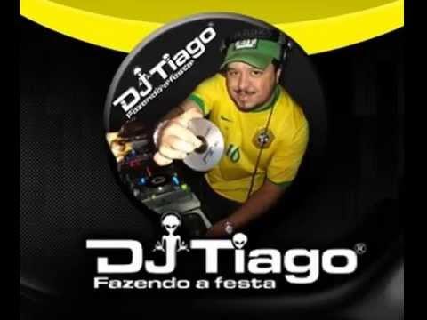 DJ Tiago fazendo a festa... das antigas.