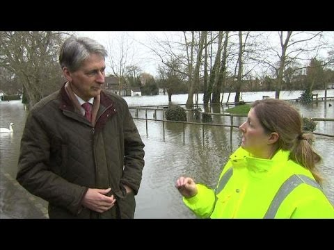 Angry Volunteer Confronts Defence Secretary Philip Hammond Over Floods