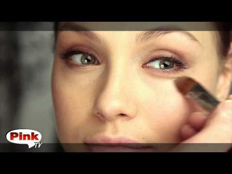 Голливудский макияж в стиле Анжелины Джоли