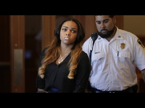 Aaron Hernandez fiancee destroyed evidence in murder case