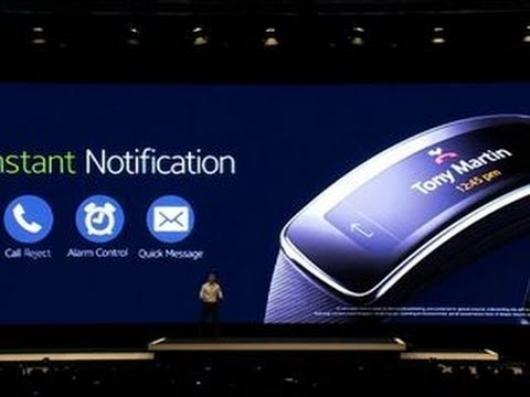 Samsung shows off Gear Fit with haptic feedback