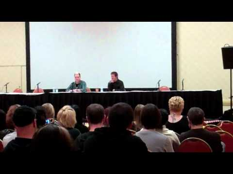 Walking Dead (Norman Reedus) Q&A - Part 3 (Monster Mania 2011)