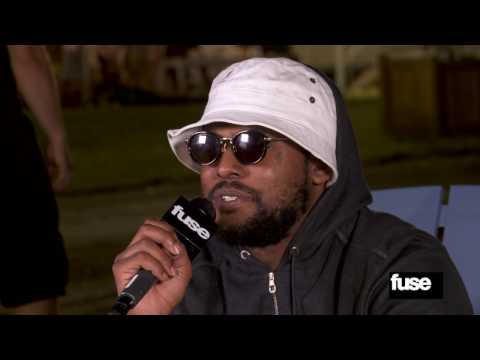 "Schoolboy Q on ""Oxymoron"" & Longboarding Through Kendrick Lamar's Set - Firefly 2013"