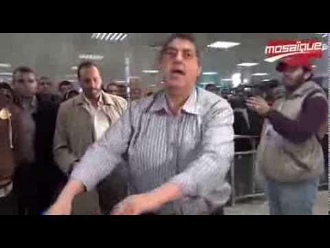 image vidéo تونسي مقيم بالخارج يشكو من سرقة أمتعته في مطار قرطاج