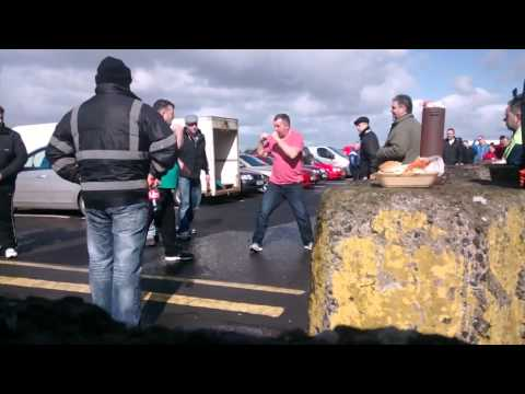 Gypsy fight! at a sunday market!  LEEKED VERSION NEW 2014