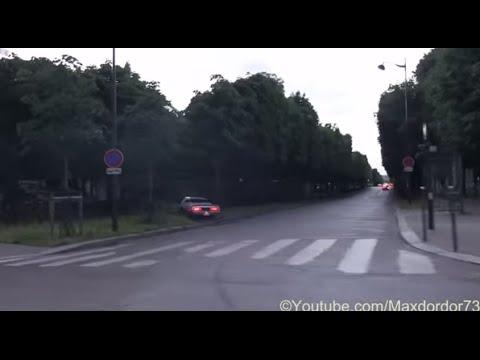 Pontiac FiredBird Crash in the sidewalk in Paris During the Gumb