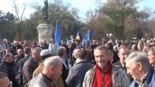 Noi suntem români și Treceți batalioane… cîntate la cimpoi