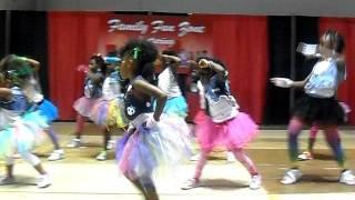 Keri Hilson Pretty Girl Rock dance view on youtube.com tube online.