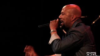 "Common Performs ""The Light"" Live In Brooklyn"