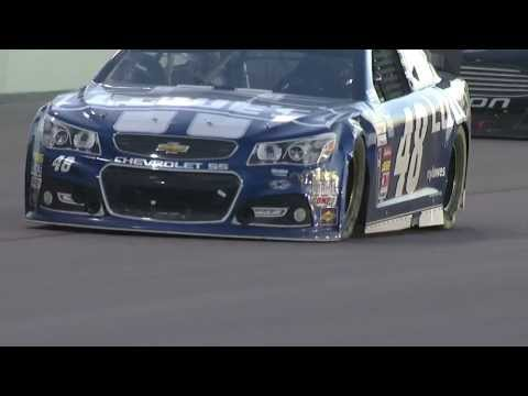 Jimmie Johnson gets damaged on restart @ 2013 Ford 400