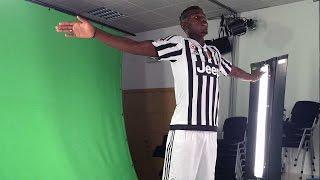 La Juventus in posa - Bianconeri in front of the cameras
