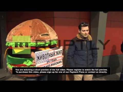 Russia: Sanction McDonalds and deport the hamburger - health activists