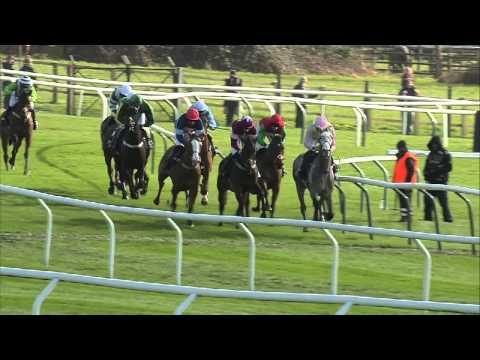 Vidéo de la course PMU ARKLE TROPHY CHASE