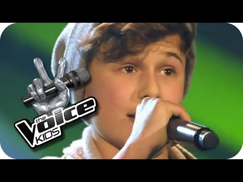 Luca - Halt Dich An Mir Fest | The Voice Kids 2014 Germany | Blind Audition