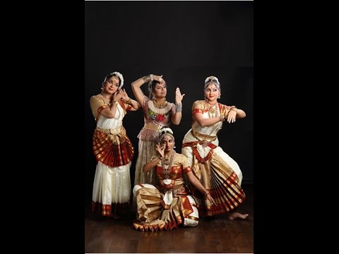 Actress Suhasini performed at Antaram in  Nishagandhi Festival