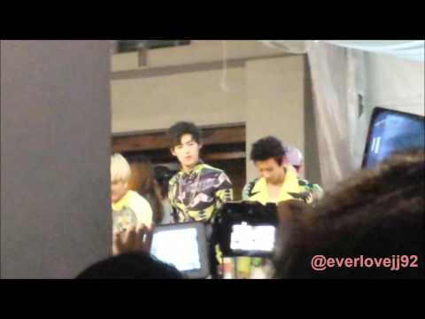 [291113 FANCAM] LC9 Leaving Bugis Square