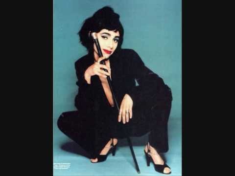 PJ Harvey - Daddy