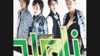 WALI BAND [Aku Bukan Bang Toyib] Live At Pesta Bintang (02-02-2014) Courtesy TRANS TV view on youtube.com tube online.