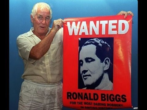 GREAT TRAIN ROBBER RONNIE BIGGS' LIFE ON THE RUN - BBC NEWS