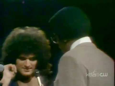Gino Vannelli - I Just Wanna Stop [+Interview with Gino & Joe Vannelli] Soul Train 1979