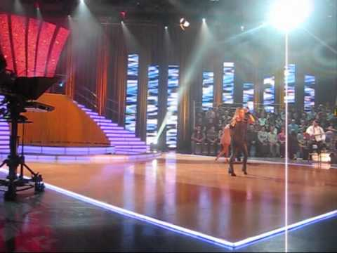 Tina Vunjak and Matej Bedič dancing with Regina on TV show