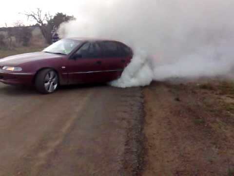 biggest burnout manual v6 commodore